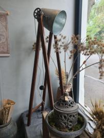 Vloerlamp (gereserveerd)