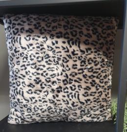 Leopard kussen (45 x 45 cm)