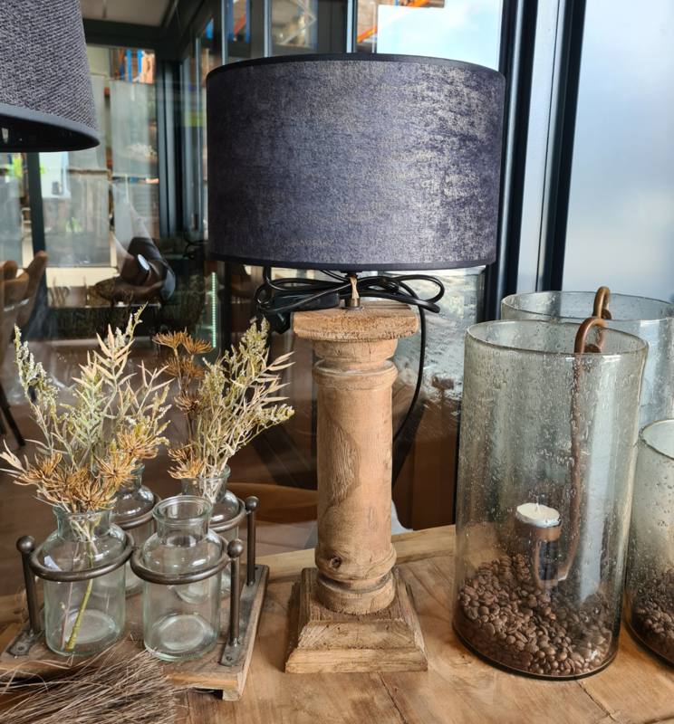 Prachtige lamp met kap