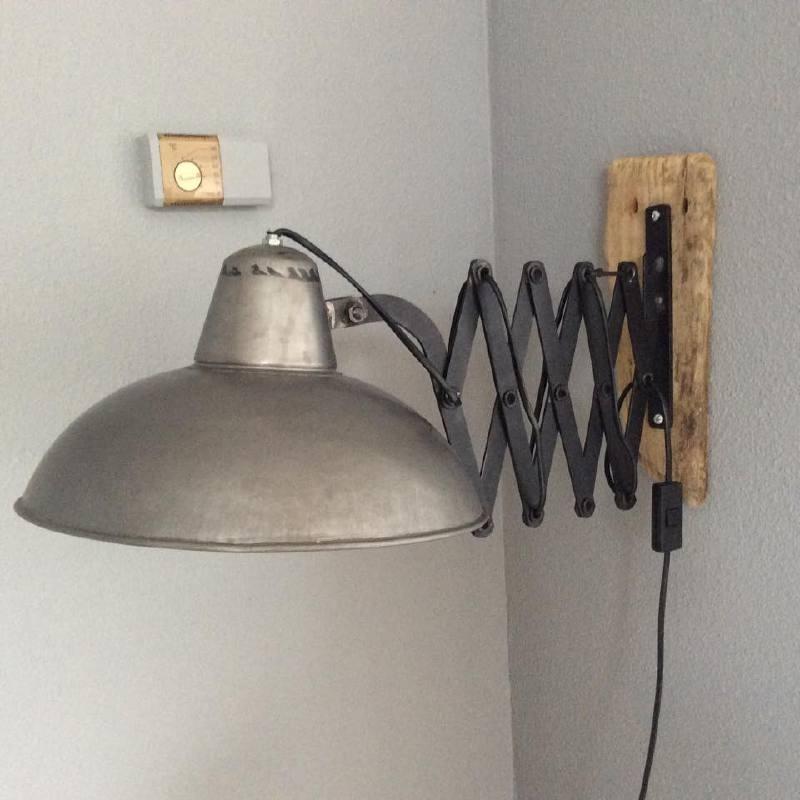 Industriële schaarlamp