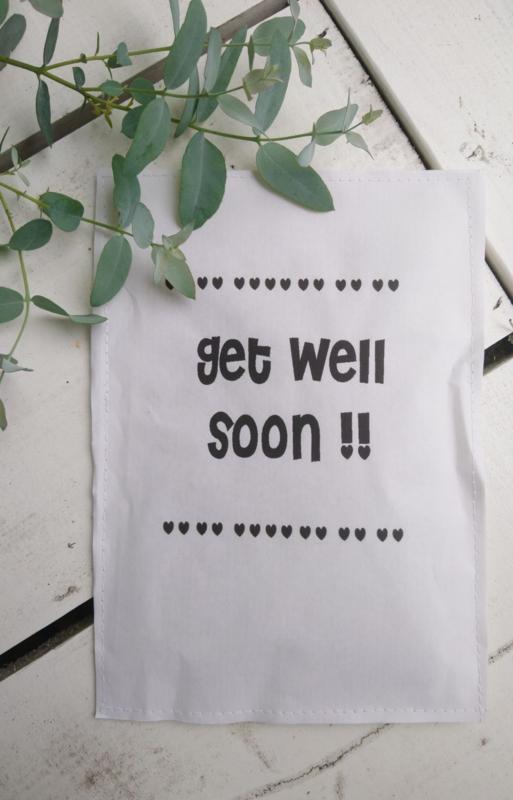 Geursachet Craft wit Get Well soon hartjes 6 st.
