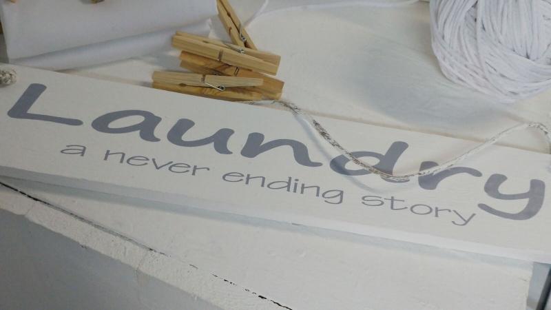 """Bord """"Laundry a never ending story"""" 2 stuks"""