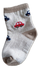 Sokjes met grip auto's rood en blauw