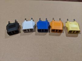 US naar EU adapters gekleurd (set van 5)