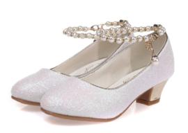 Spaanse schoenen wit glitter met pareltjes
