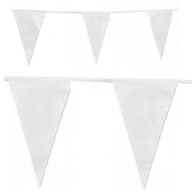 Witte plastic party vlaggenlijn ( ca. 12 m)