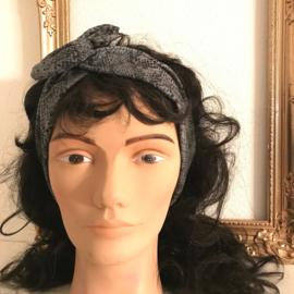 """Haarband met ijzerdraad """"uit eigen atelier"""", grijze slangenprint"""