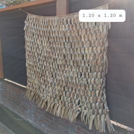 Huren: Backdrop gevlochten palmblad, 120 x 120 cm