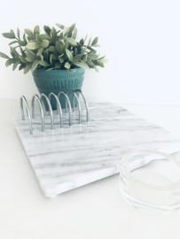 Vintage marmeren presentatie plateau met metalen rekjes voor toast, 70's,