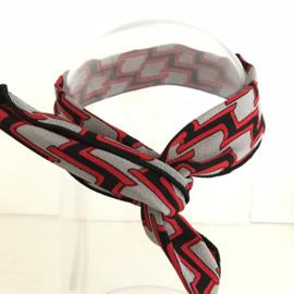 Haarband met ijzerdraad retroprint zwart, grijs, rood