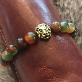"""Armband natuur stenen kralen met """"gouden"""" leeuw nr. 7, uniek en handgemaakt"""