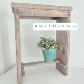 Vintage( Antiek) houten hoge kruk