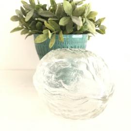 Vintage schaal in de vorm van een walnoot, geperst glas uit jaren '50