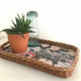"""Dienblad riet met nieuw decor """"botanical"""", uit eigen atelier"""