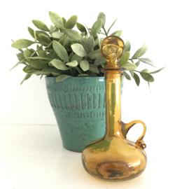 Vintage klein glazen stopflesje/ karafje bruin glas