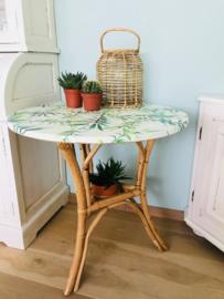 """Vintage bamboe tafel gerestyled """"Botanical"""""""