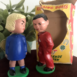"Vintage""Magneto""Spielwaren; ""Kissing dolls"", nr. 168, Collecters item!"