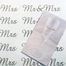 Mr & Mrs stickertjes voor op de (champagne) glazen(12 stuks)