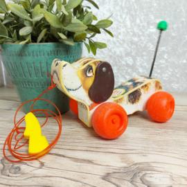 """Vintage """" Little Snoopy dog"""" loop/ trekhondje van Fischer Price"""