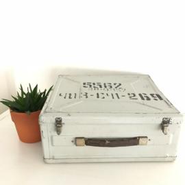 vintage metalen leger-koffer uit het voormalig Oostblok nr. 2