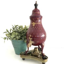 Vintage tinnen kraantjes kan met komfoor( spiritusbrander)