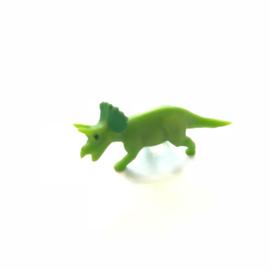 SALE: Lucky mini Triceratops (dinosaurus mét kam op hoofd)