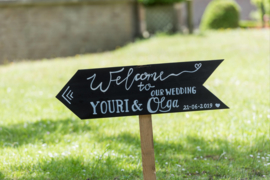 "HUREN bord: ""Welcome to our wedding"" namen + datum"" ♥ Nr. 7"
