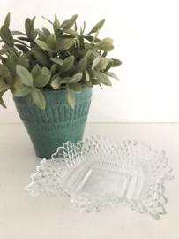 Vintage glazen  serveer schaaltje puntjes aan de rand