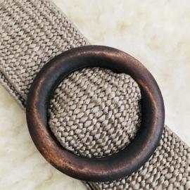 SALE: Riem elastisch beige met houten gesp rond