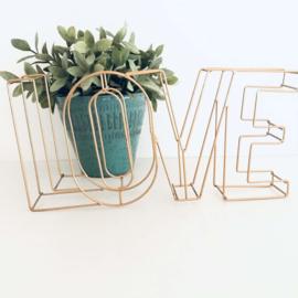 """Huren:  Letters """"LOVE"""" metaaldraad roségoud/ roodkoper"""