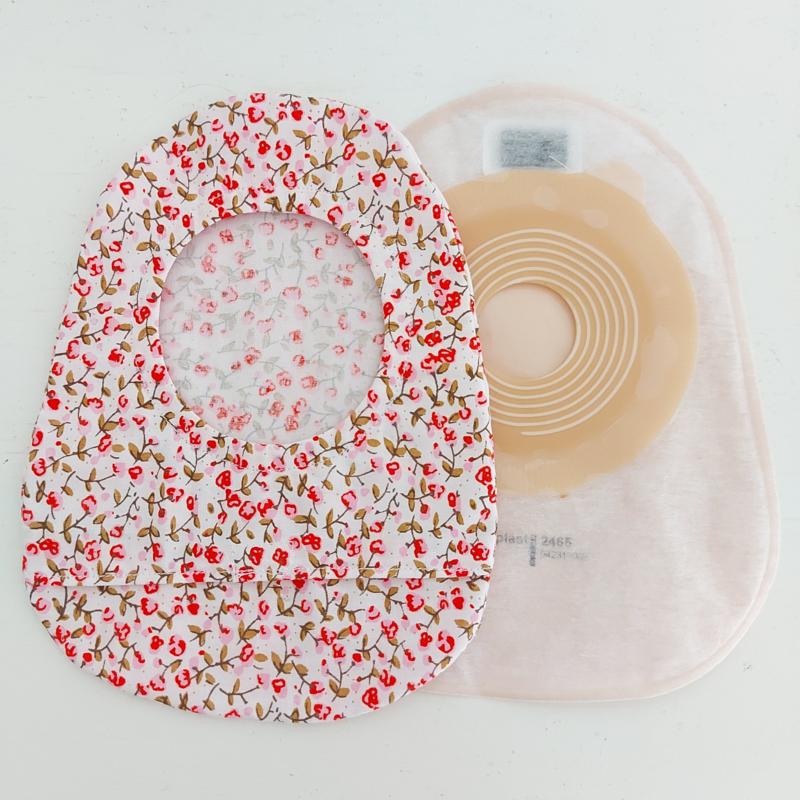 "Stoma cover/ hoesje ""wit met kleine roze bloemetjes"""