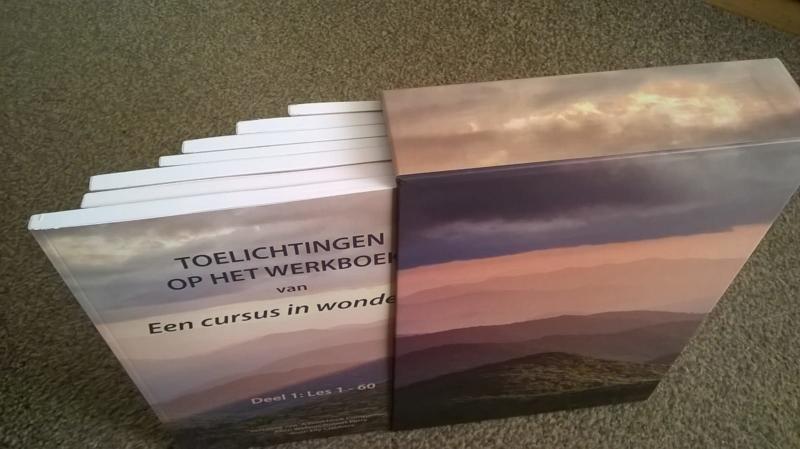 Watson & Perry - Toelichtingen op het Werkboek van Een cursus in wonderen inclusief opberg cassette - Deel 1 t/m 7