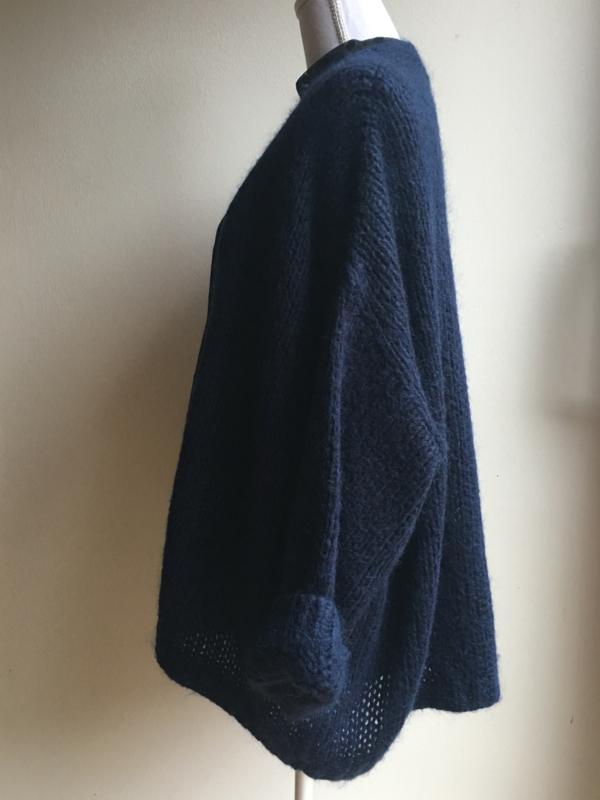Boxy vest 'AAIKO' (maat 2=M/L)