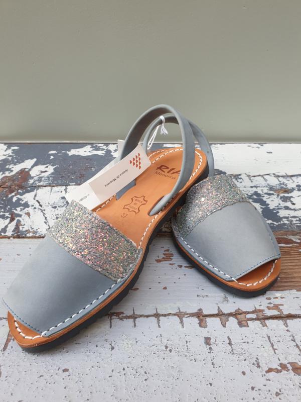RIA MENORCA Spaanse sandaaltjes handgemaakt - model denimblauw met glitterdetail