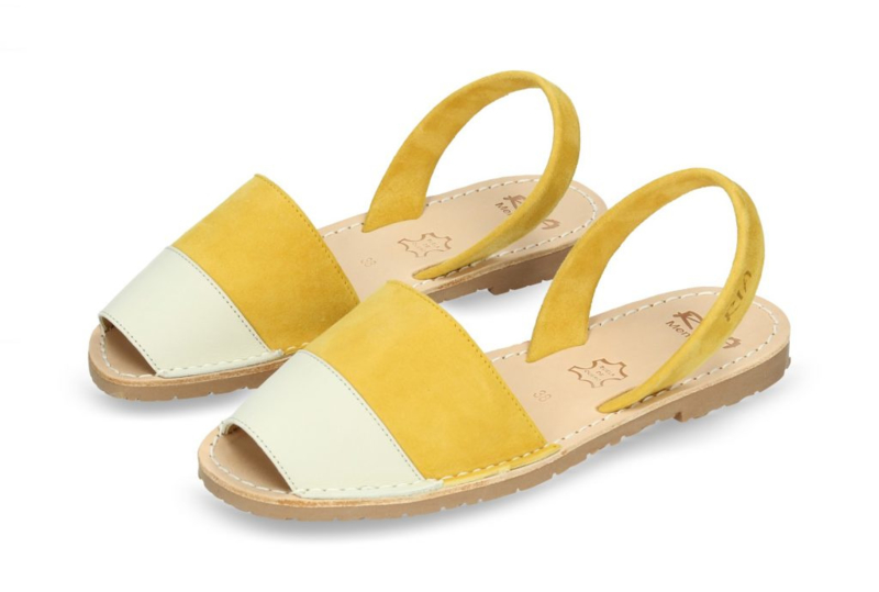 RIA MENORCA Spaanse sandaaltjes avarcas handgemaakt  - model off white geel