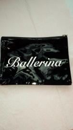 Clutch Ballerina