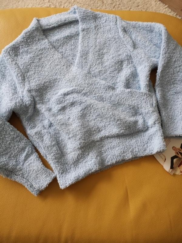 Frottee Sweater cross over Sansha