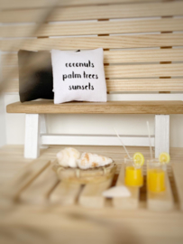 Textiel | kussens | 4 x 4 cm | coconuts....