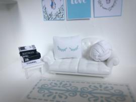 Textiel | slaapkamer | Kussentje  | 4 x 5 cm | wit + baby blauwe Sleepy Eyes