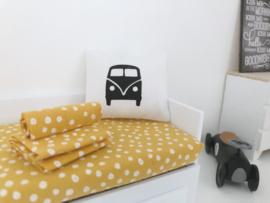 Textiel | slaapkamer | Kussentje  | 4 x 5 cm | wit + zwarte vw bus