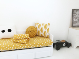 Textiel | Kussentje  | 4 x 5 cm | oker gele bladeren
