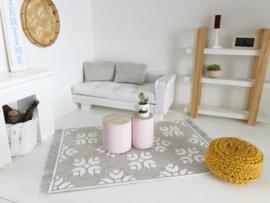 Woonkamer | Klein bijzettafeltje | roze | old look