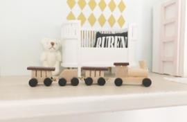 Slaapkamer | houten trein