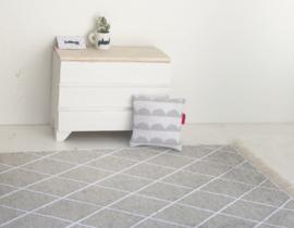 Textiel | kussentje | 4 x 4 cm | BibelotteBedding | grijze boogjes