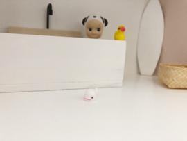Bathroom | White little Wale