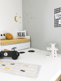Textiel | Naamkussen | wit + zwart | Type Neal