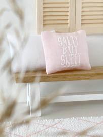 Textiel | kussens | 4 x 5 | Salty but sweet