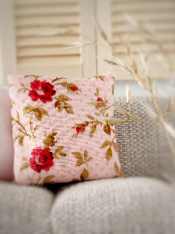 Textiel | kussens | 4 x 4 | Lovely flowers pink