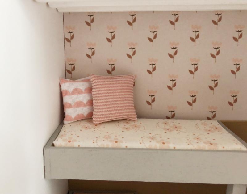 Textiel | kussentje | 4 x 4 cm | BibelotteBedding | roze rib