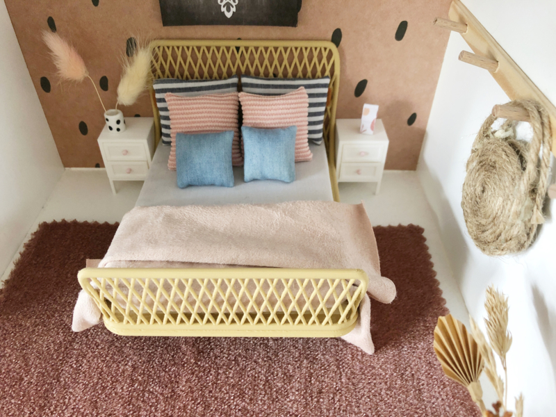 Textiel | beddengoed | 15 x 17 cm | roze plaid